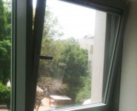 חלון דריקיף פתיחה כפולה