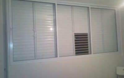 חלון ותריס 7000