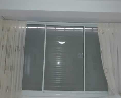 חלון הזזה בלגי 1700
